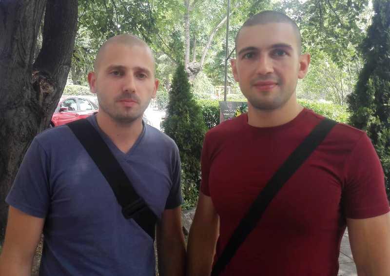 Бургаските полицаи Павел и Венелин: Не се отказваме