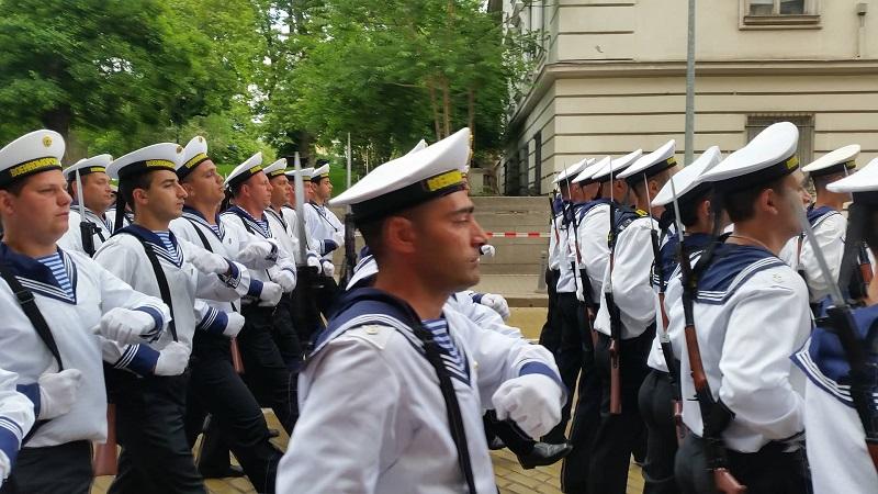 Военните от Атия на парада в София