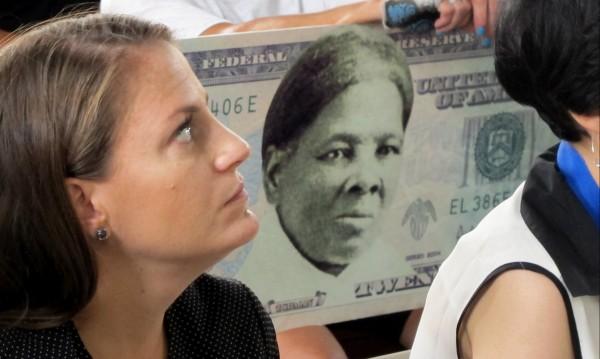 Чернокожа жена за първи път на американска банкнота