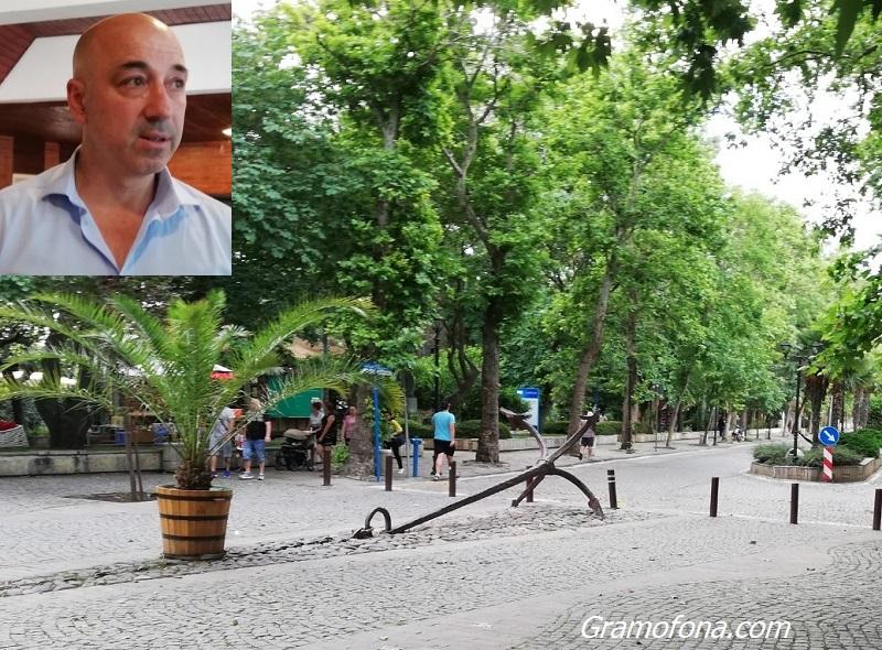 Тихомир Янакиев с призив: Изберете нашето Черноморие и Созопол за лятната си почивка