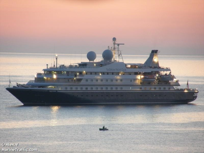 Круизното бижу Sea Dream II  пристига в Бургас
