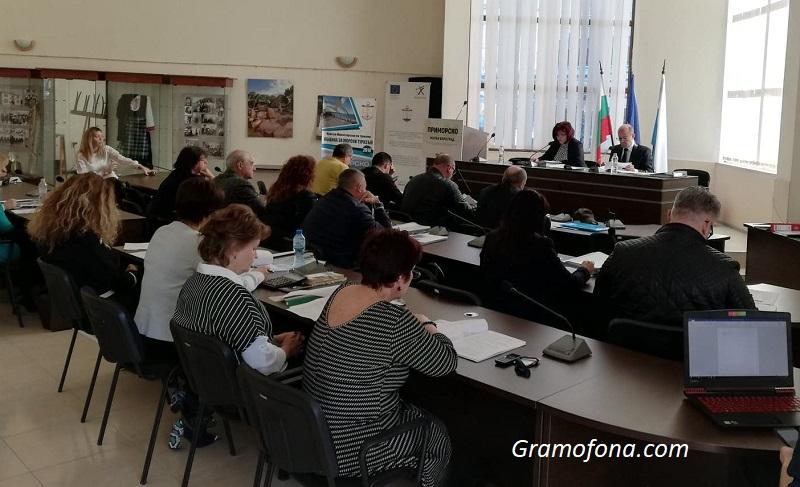 Експресно гласуване: В Приморско приеха бюджета си за броени минути