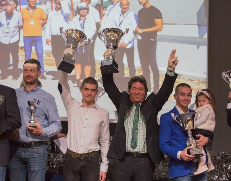 Бургаската автомобилна легенда Стоян Апостолов и неговият тим бяха наградени за вицешампиони на 2018 г.