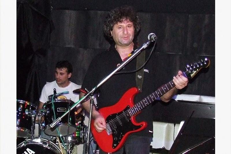 Живко Куртев и как се свири хардрок под шапката на военните в Бургас