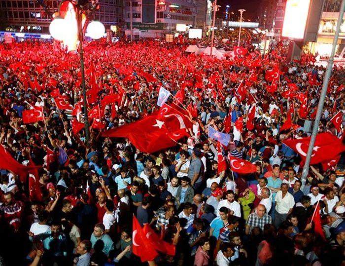 Хиляди по света протестираха срещу опита за преврат в Турция