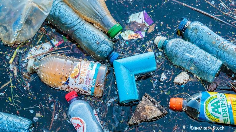 Европейският съюз забрани пластмасата, за която има достъпна алтернатива