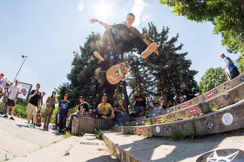 18 чуждестранни майстори на скейтборда ще се състезават в Бургас