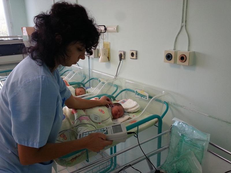 Малкият Радостин изпрати 2015 в бургаската болница