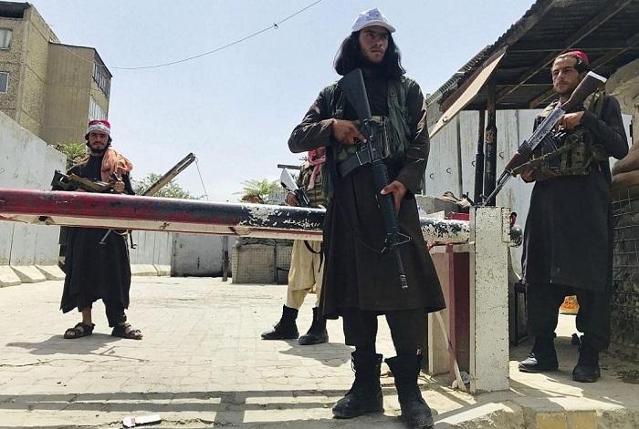 Талибаните забраниха бръсненето на бради в Южен Афганистан