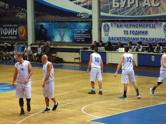 """Баскетболистите на """"Черноморец"""" спечелиха морското дерби и без Гларуса"""