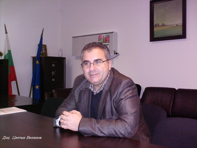 Д-р Цветан Велинов е декан на Факултета по медицина в Бургас