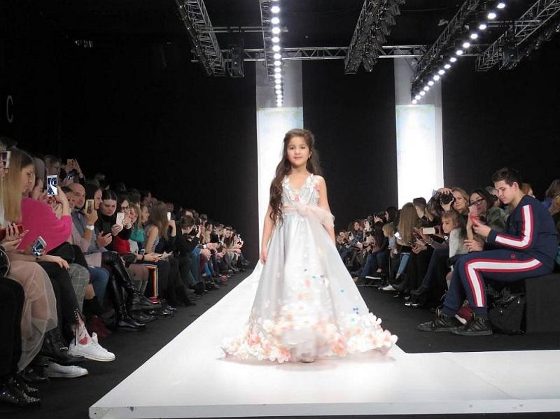 7-годишно българче покори световен моден подиум в Москва