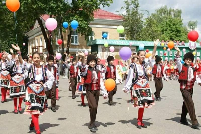 Талантливи бургазлийчета в Беларус: Дойдох, видях и победих!