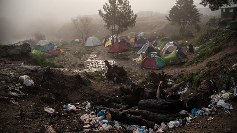Македония затвори границата