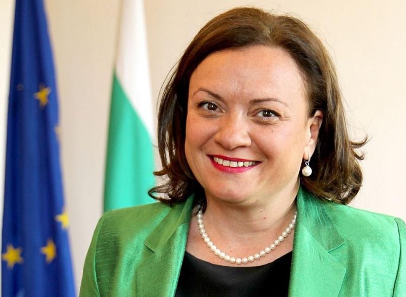 Ивелина Василева: Бургас да има лаборатория за контрол на пластмасите в морската вода и обитатели е моя кауза
