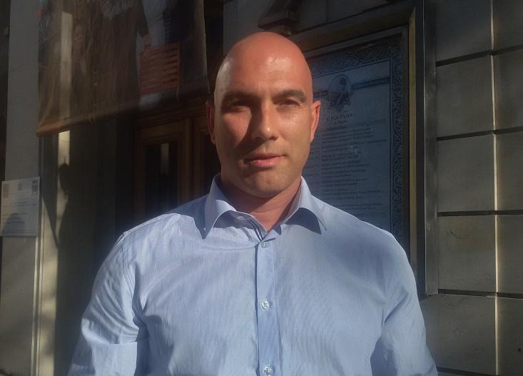 Николай Тишев с приемен ден в Обзор