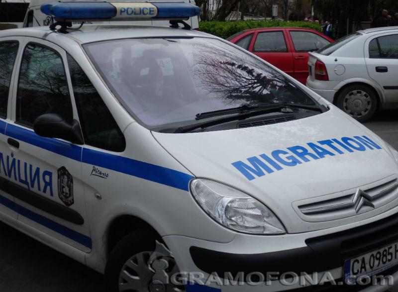 Оставиха в ареста помощник  каналджия, прекарал 31 нелегални през Равадиново