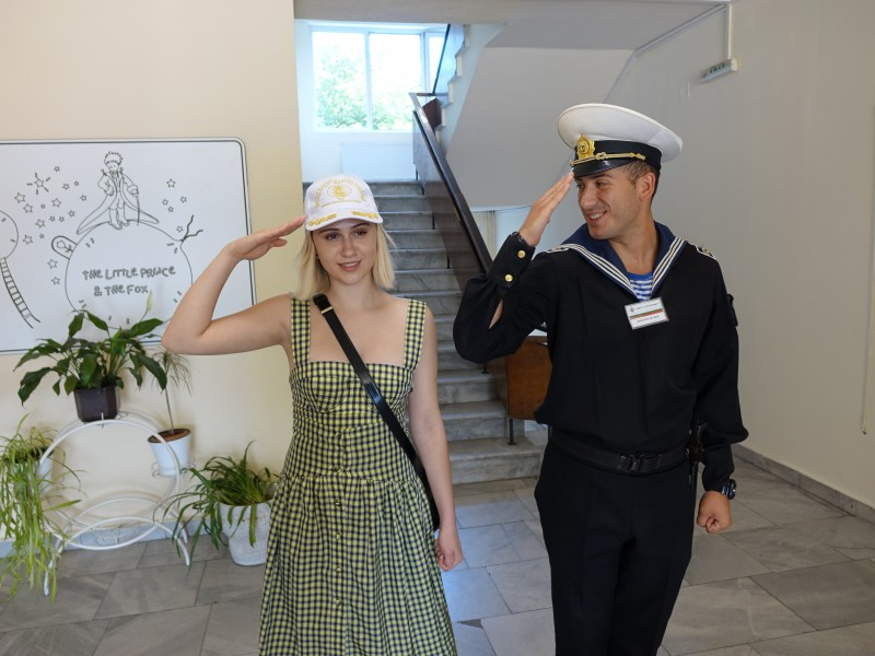 Мария Бакалова става кръстница на военен кораб