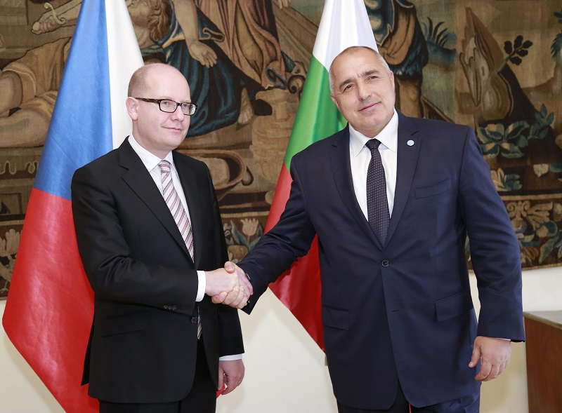 Борисов иска НАТО да ни помага за охраната на границата