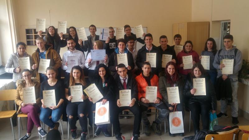 Вижте най-добрите в конкурсите на гимназията по туризъм в Бургас