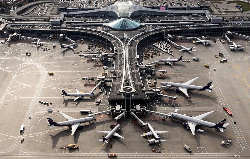 Русия спира всички международни полети заради коронавируса