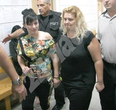 Активистка на НФСБ получи 3 години условна присъда за трафик на чужденци