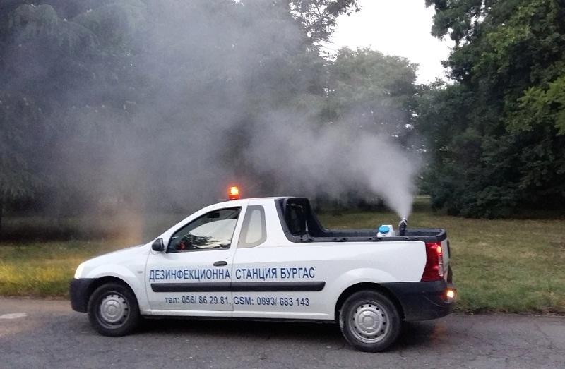 Опушват с топъл аерозол против комари в Бургас