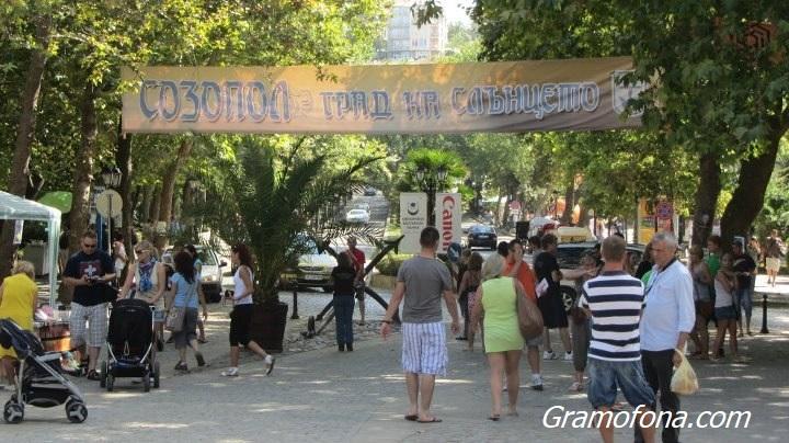 Заради Ковид годината - българи за сефте в Созопол