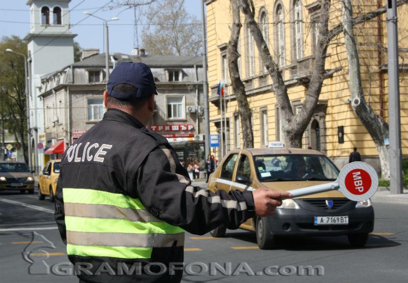 Много полиция по пътищата за празниците