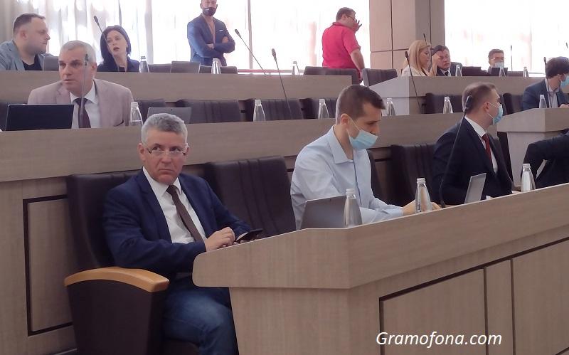 БСП Бургас иска бившият им съпартиец Павел Маринов да напусне местния парламент
