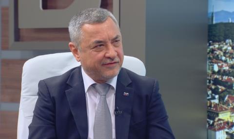 Валери Симеонов: Може би идва сезонът на оставките