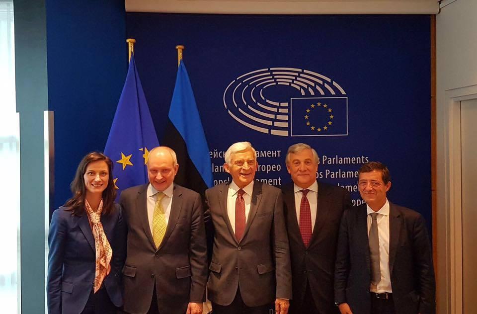 120 млн. евро за безплатен интернет в европейските общини