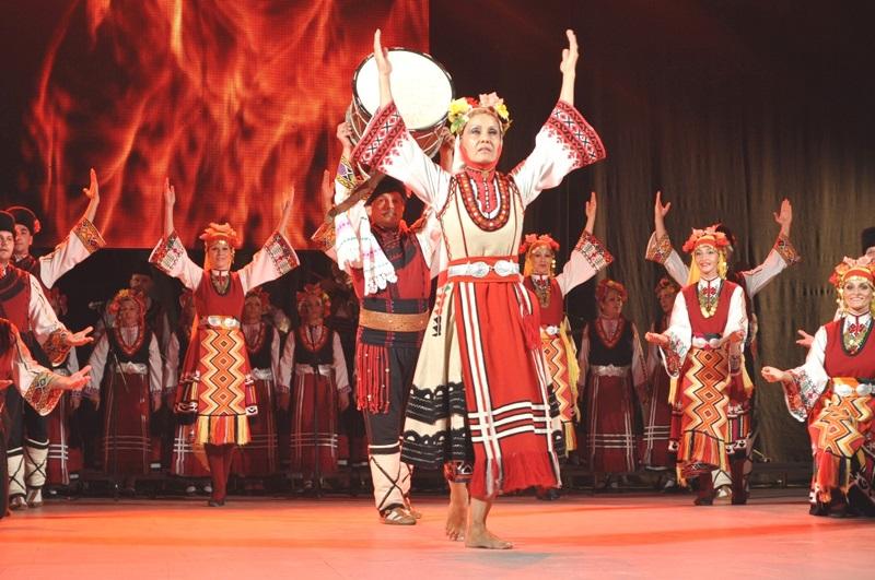 Фолклорни ансамбли от цял свят се събират в Бургас