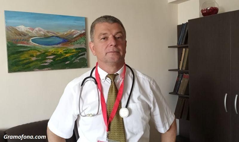 Проф. Христо Бозов: Окуражаваме онкоболните пациенти с изкуство. То помага