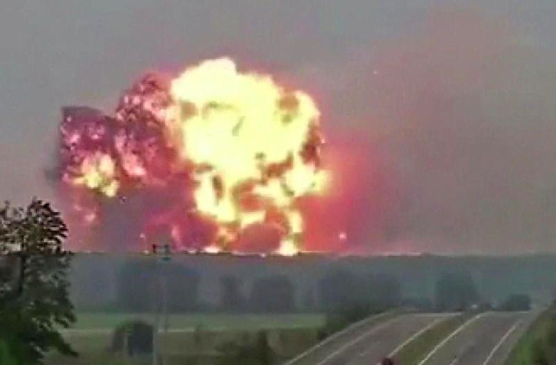 Голяма експлозия във фабрика в Турция, има убити и ранени