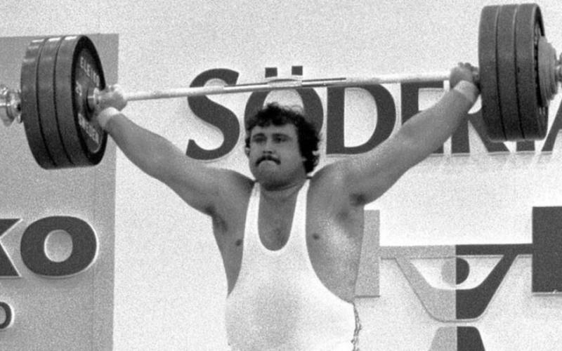 Легендарният Антонио Кръстев загина при автомобилна катастрофа в САЩ