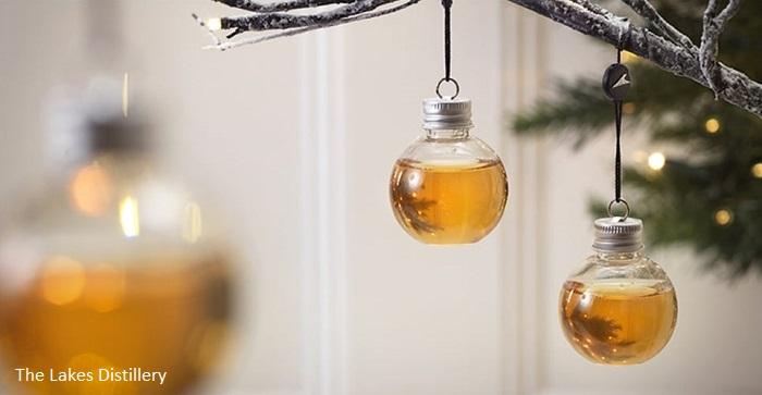 За ценители: Коледни играчки с джин, водка и уиски