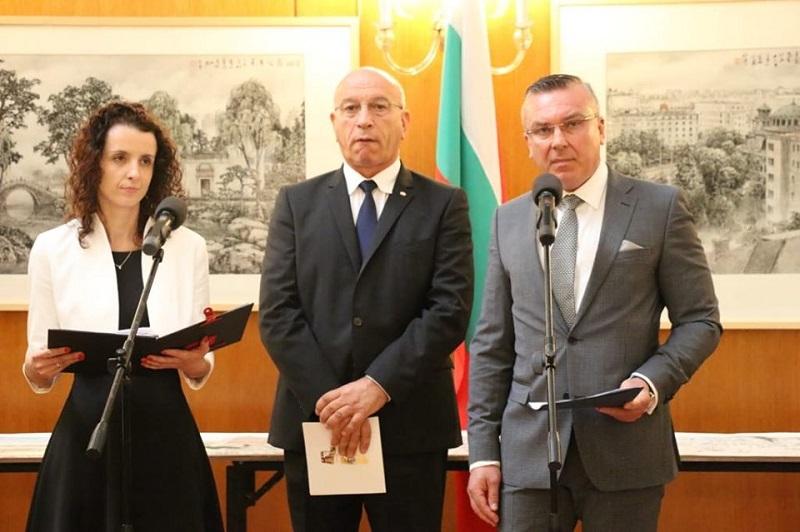 Димитър Бойчев откри изложба посветена на отношенията между България и Китай