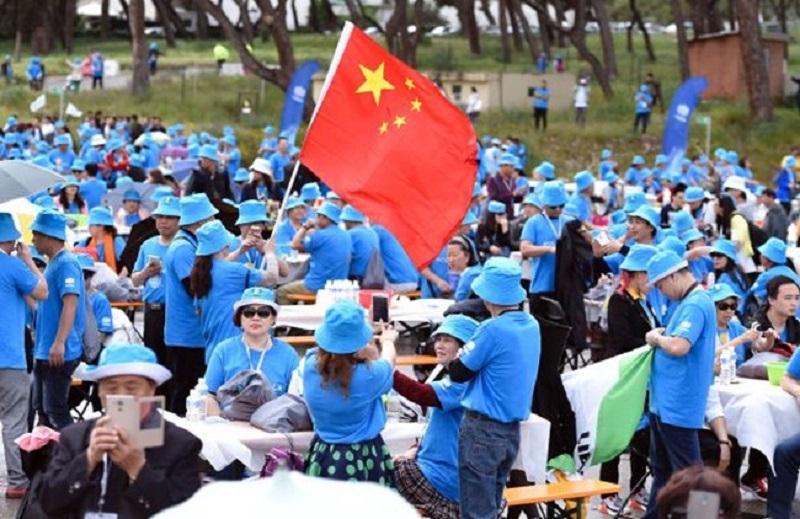 За втори път: Китайски магнат осигури почивка на 2 500 свои служители