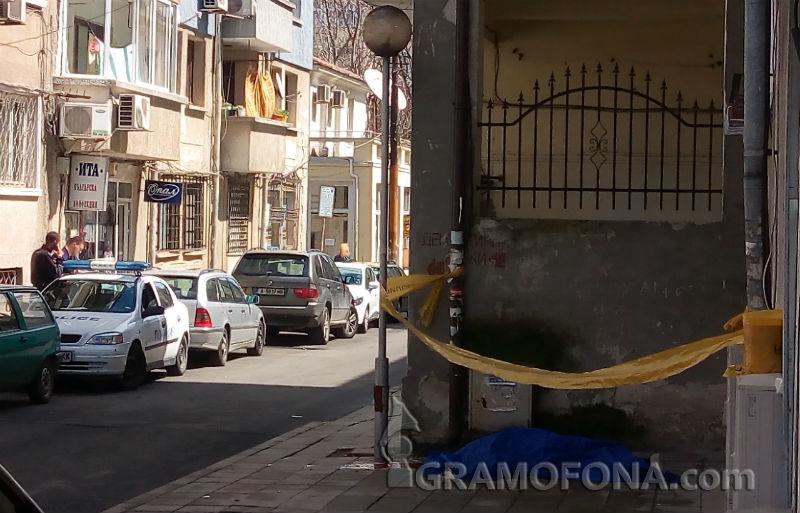 Възрастна жена загина в центъра на Бургас