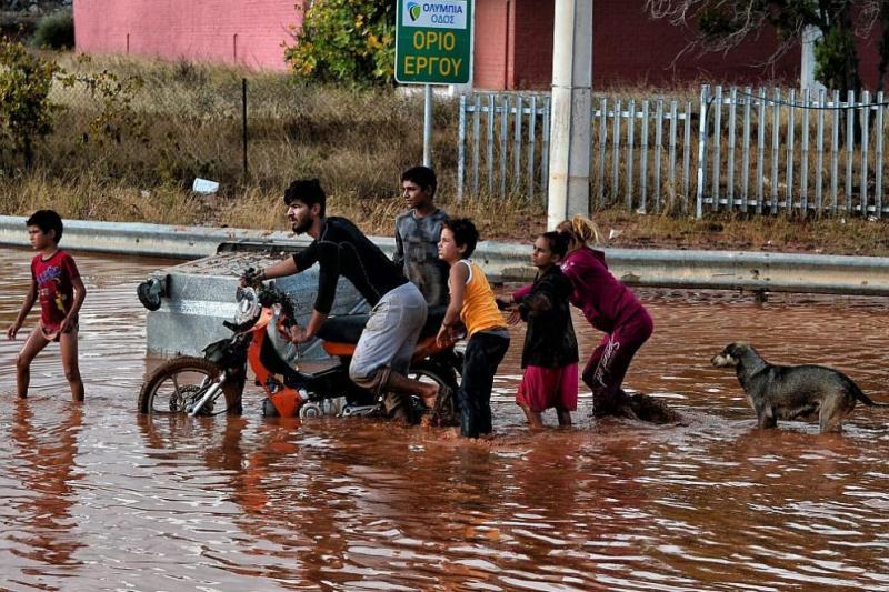 16 жертви на водния ад в Гърция