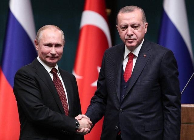 Путин и Ердоган правят първа копка на сухопътната част на Турски поток