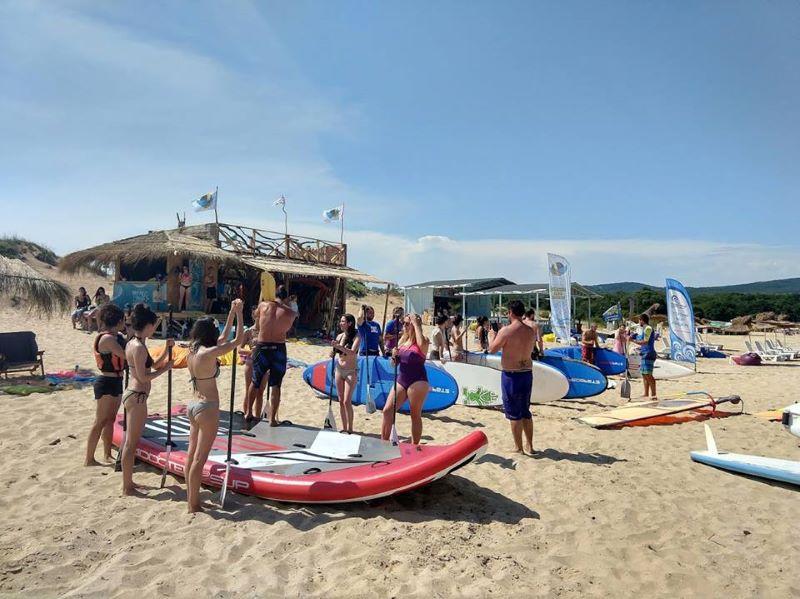 Сърфисти ще чистят плажа на Ропотамо