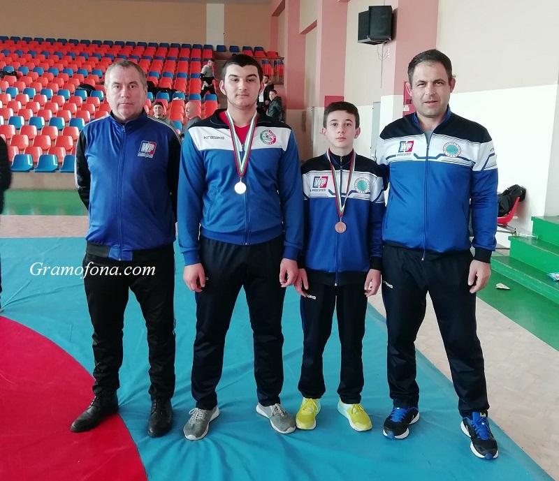 Силата на руенските борци се пренесе в Сливен
