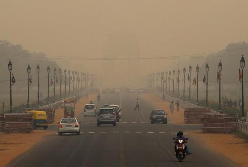 Делхи обяви извънредно положение заради замърсяването на въздуха