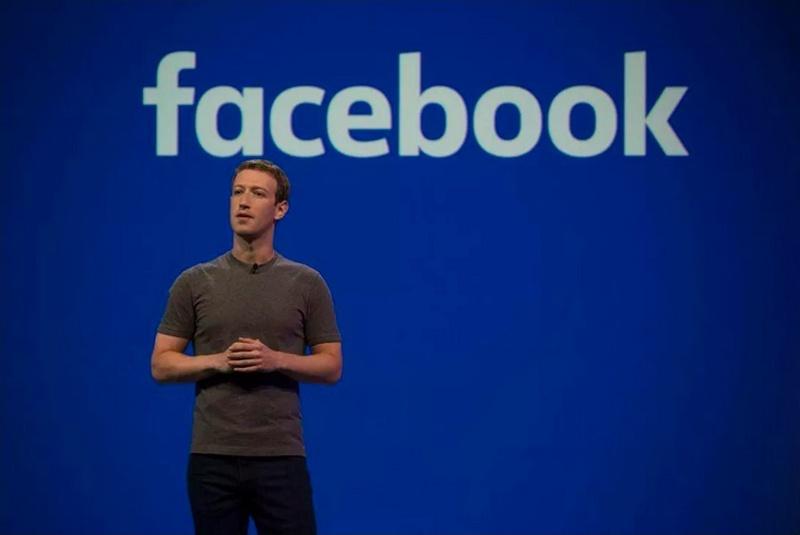 Нобелист, експремиер и журналисти влизат във Върховния съд на Фейсбук