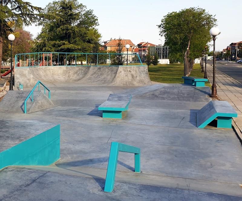 Скейт парк откриха в Поморие (СНИМКИ)