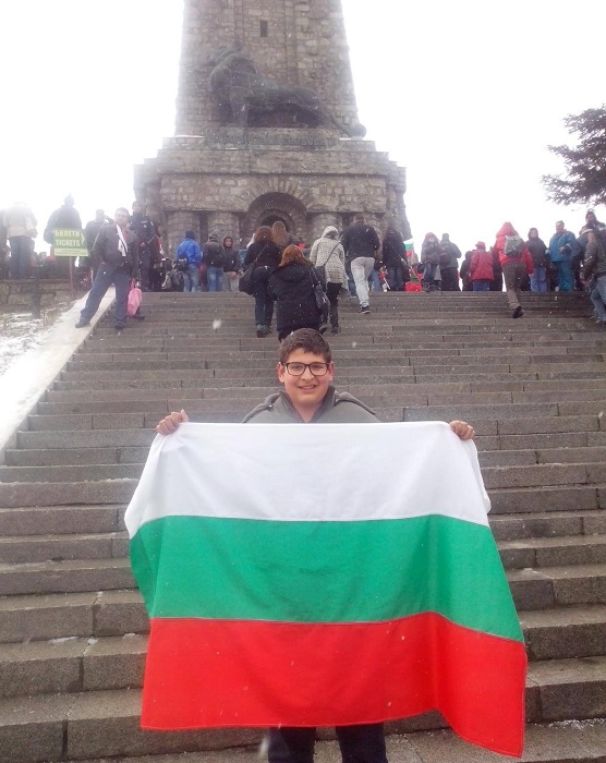 Влади от Карнобат преди Брюксел: Обичам България, но ме е страх за бъдещето й