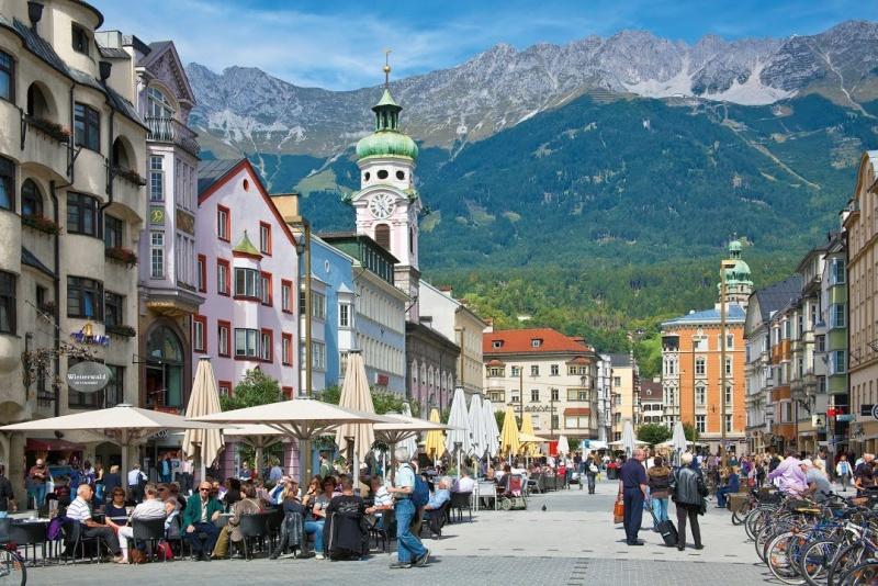 Всички служители в туризма в Австрия ще се тестват за коронавирус