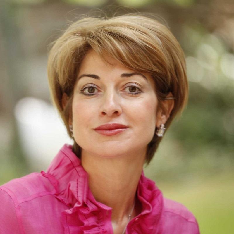 Доктор Катя Паскова с естетични и  дерматологични консултации в Бургас